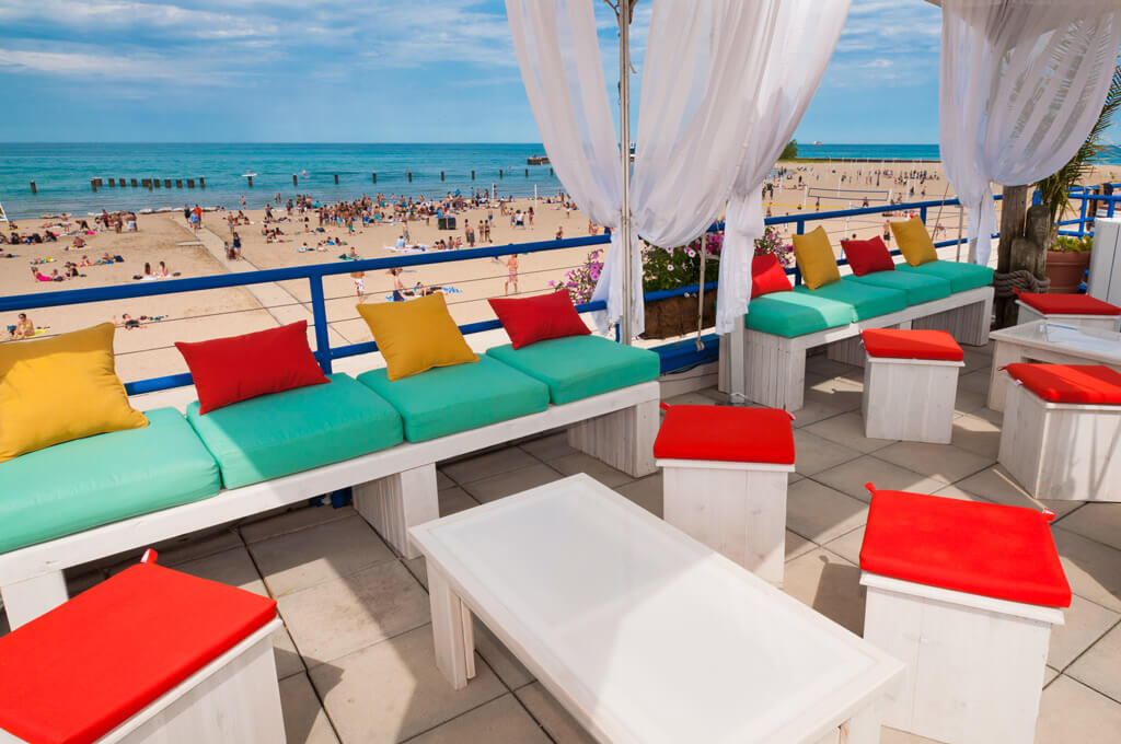 Rent a Castaways Cabana from 11am-7pm every weekend from Memorial Day to Labor Day.